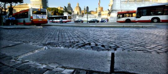 strade buche italia costi manutenzione