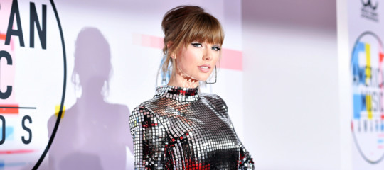 taylor swift instagram elezioni