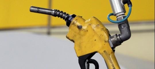 Energia:Gdf, prosegue la lotta all'illegalità nel settore petrolifero