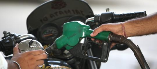 Come si chiamano da oggi al distributore la benzina, il gasolio o il metano