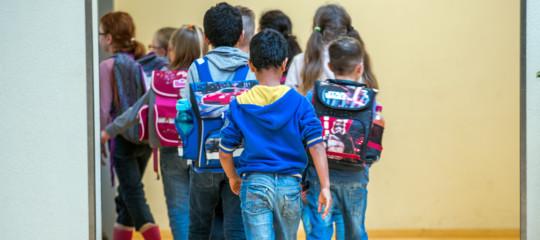 lodi bambini immigrati mensa scolastica negata