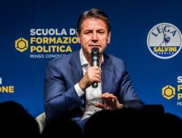 """""""Il Reddito cittadinanza aiuteràil lavoro"""", dice Conte"""