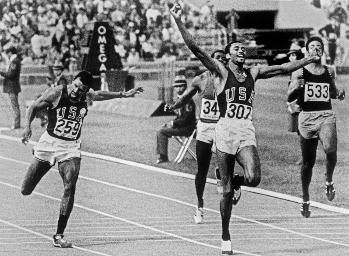 Cinquant'anni fa due pugni neri liberarono lo sport e gridar