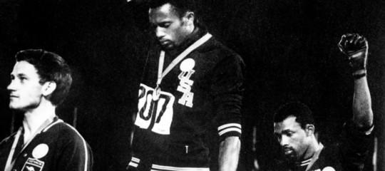 Cinquant'anni fa due pugni neri liberarono lo sport e gridarono uguaglianza