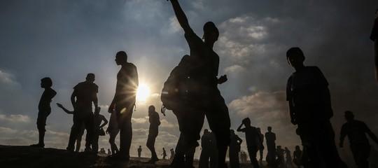 Medio Oriente: raid di Israele, chiusi i valichi della Striscia di Gaza