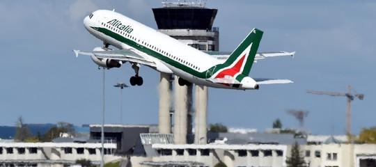 Alitalia: Ue chiede chiarimenti su interessi prestito ponte