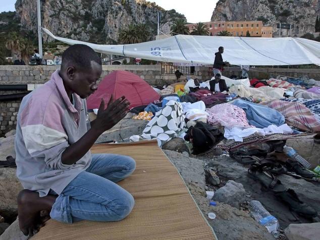Iniziato Ramadan per 400 migranti a Ventimiglia