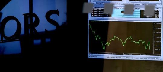 Borsa: chiude in parità dopo seduta in altalena