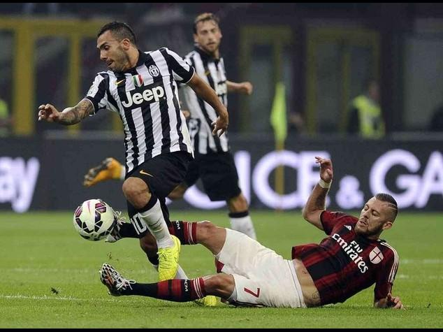 """Juve a punteggio pieno, Tevez piega il Milan; Allegri, """"non e' una rivincita"""""""