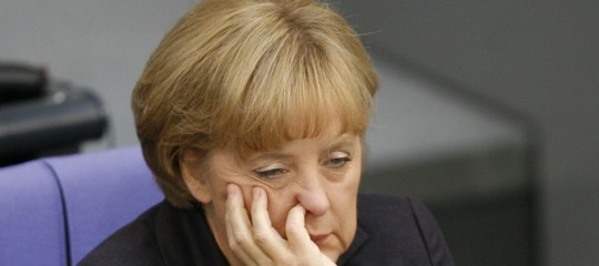 L'Assia dà un altro schiaffo ad AngelaMerkel, che lascia la guida del partito