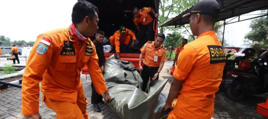 Disastro aereo inIndonesia: precipita in mare Boeing 737 dellaLionAir, 189 morti