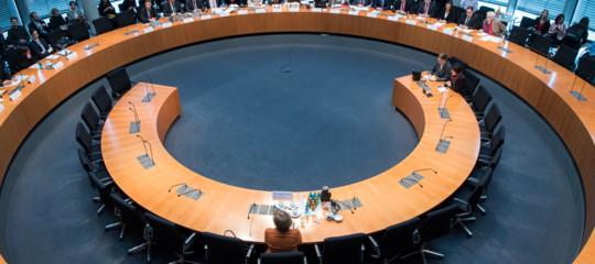 Una poltrona per cinquecandidati: nella Cdu è iniziato il dopoMerkel