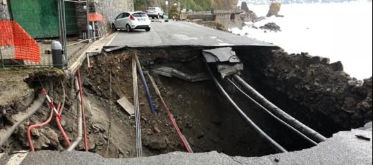 Maltempo: distrutta la strada provinciale 227 per Portofino