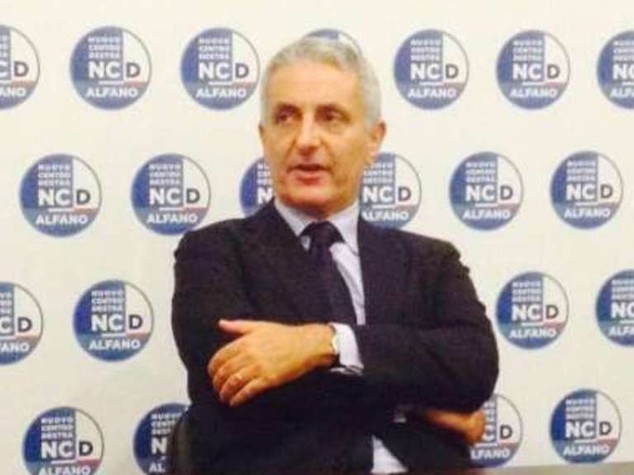 Governo: Ncd, basta Renzi-Berlusconi o ce ne andiamo