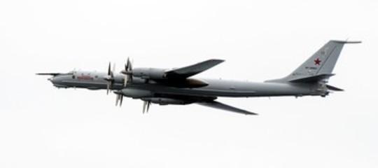 norvegia aereo russo sorvola nave usa