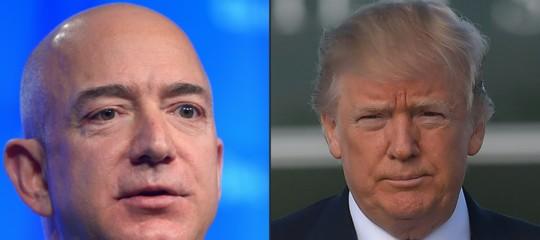 Amazonha spiegato ai dirigenti come comportarsi quando si parla diTrump