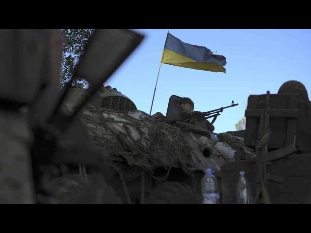 Ucraina: ribelli in fuga da Slavyansk. Grande successo militare di Kiev
