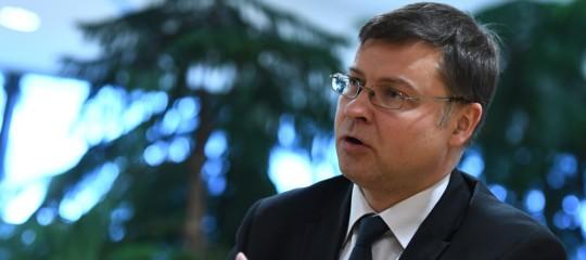 Manovra,Dombrovskis: valutiamo procedura per deficit eccessivo