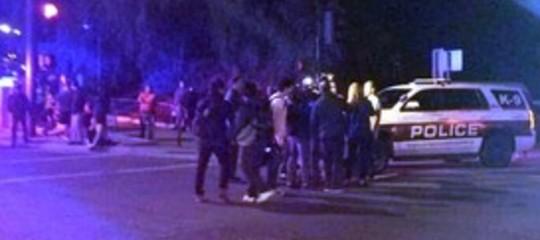 Usa: nel locale della sparatoria sono morte 11 persone più l'assalitore