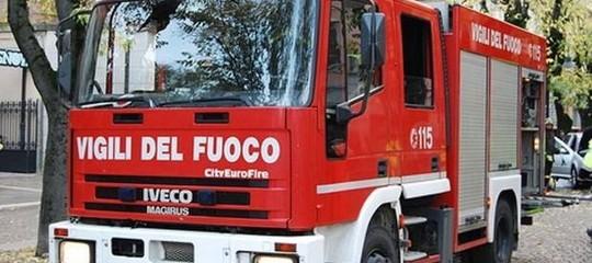 Lecce Salento Fabbrica-fuochi-artificio esplosione