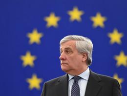 Lo scontro tra Tajanie Pedicini(M5s) al Parlamento europeo sulla libertà di stampa