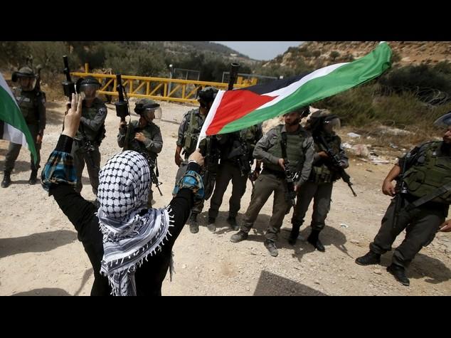 M. O.: 20 palestinesi in ospedale dopo scontri su Spianata moschee