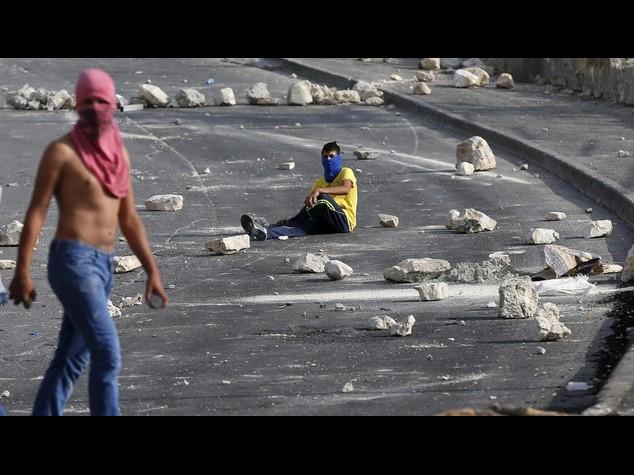 Nuovi scontri tra polizia e palestinesi alla Spianata delle moschee