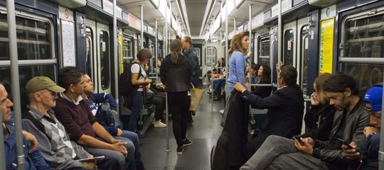L'incidente della Metro di Milano è stato causato da un tentato suicidio