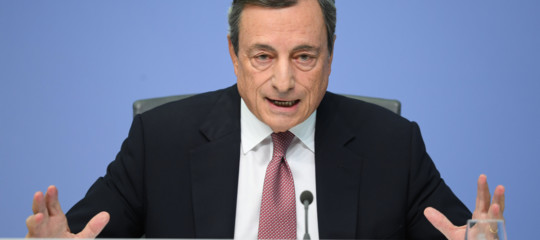 Draghi: l'aumento dello spread è dovuto alla messa in discussione delle regole Ue