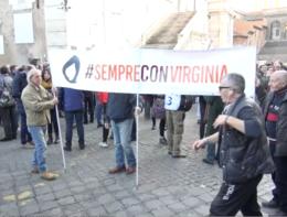 """""""Sempre con Virginia"""", manifestazione per la Raggi in Campidoglio"""