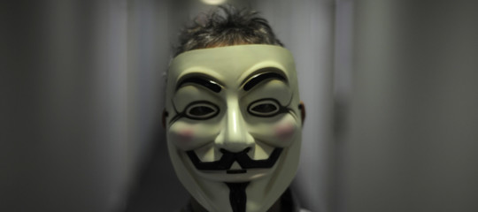 Il benvenuto diAnonymousadArcelorMittal. Perché gli hanno hackerato il sito