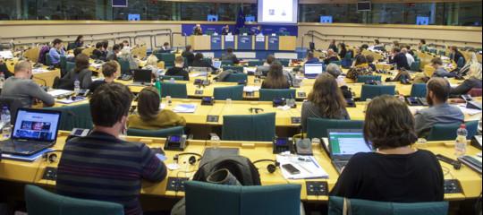 Elezioni europee: manuale d'uso contro la disinformazione nell'era digitale