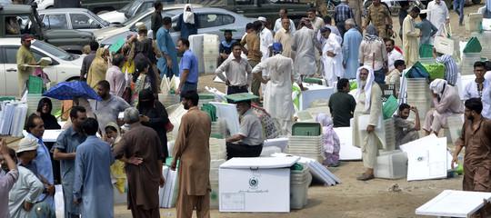 Pakistan: attacco a consolato Cina, due morti aKarachi