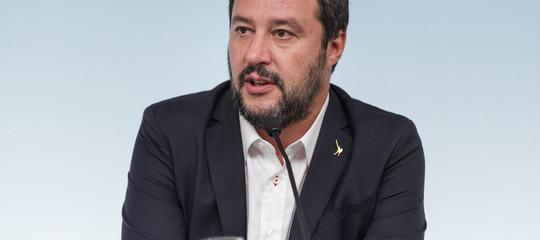 Salvini smentisce le ipotesi di dimissioni di Savona