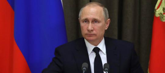 """Russia-Ucraina:Putinseriamente preoccupato, Kiev """"sulle navi c'erano nostri 007"""""""