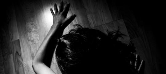 marocchino arrestato violenza sessuale gruppo