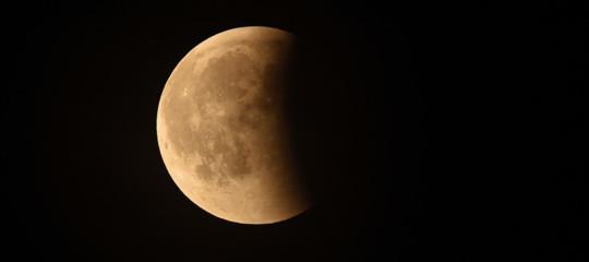 Perché la Cina spedisce una sonda sul lato nascosto della Luna