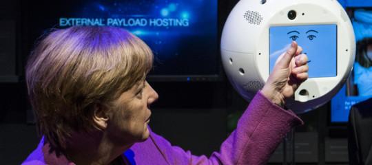 Sulla stazione spaziale internazionale primo litigio tra uomo e intelligenza artificiale