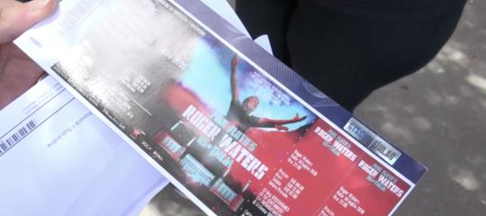 Manovra: sì a norma anti bagarini, ci sarà il nome sul biglietto