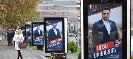 Armenia: seggi aperti per le politiche anticipate
