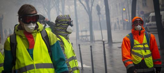 Francia: proteste Gilet Gialli, confermato fermo 1.220 persone
