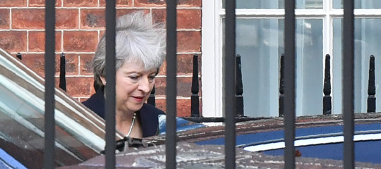 Brexit:Mayconferma ai Comuni rinvio voto di domani