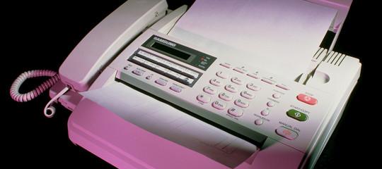 La Sanità britannica dice addio ai fax, ma negli ospedali ce ne sono ancora 9.000