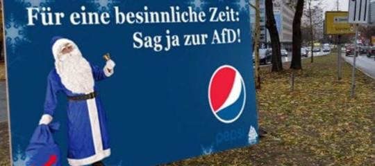 La surreale guerra di tweet traAfde Coca Cola