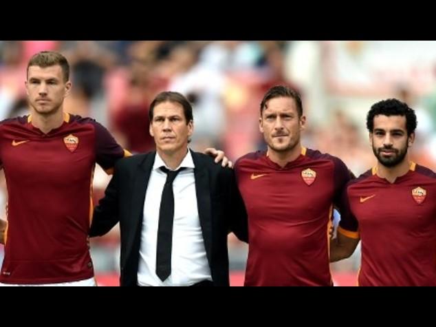 Calcio: in campo Frosinone-Roma 0-1 e Fiorentina-Genoa 1-0