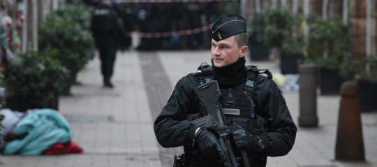 Strasburgo blitz polizia Neudorf