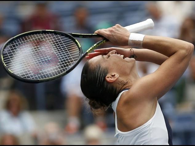 """Pennetta trionfa e lascia il tennis Serena, """"manchera' il tuo sorriso"""""""