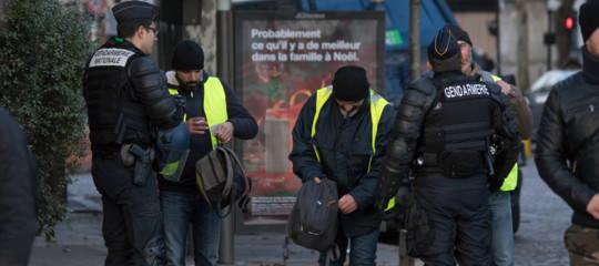 Gilet gialli: quinto sabato di proteste, a Parigi musei aperti e polizia pronta