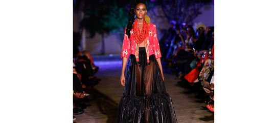Ad Accra c'è stata la prima sfilata dell'Alta moda italiana per l'estate 2019