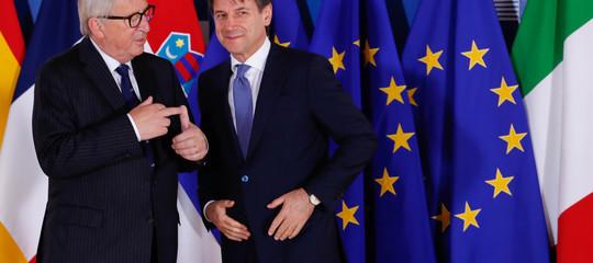 Dopo 6 mesi di governo, il 73% degli italiani crede che le difficoltà non siano causa dell'Ue